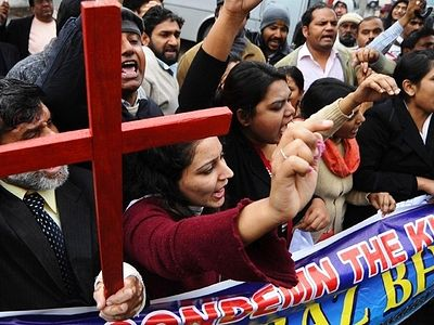 Pakistani authorities confiscate 10 properties from Christians