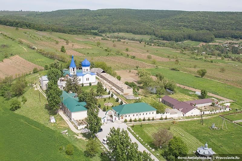 Монастырь Фрумоаса