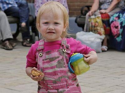 Святогорская Лавра, принявшая 800 беженцев, просит о помощи
