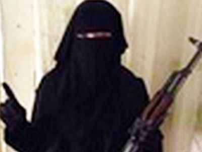 British rocker mom joins ISIS, vows to 'behead Christians with blunt knife'