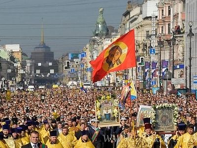 Многотысячный крестный ход пройдет в Петербурге