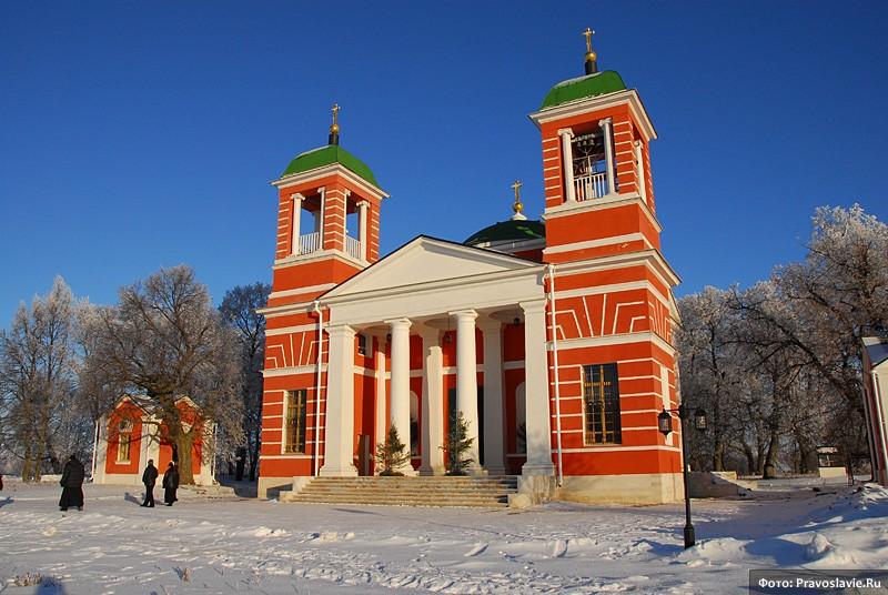 Казанский храм в с. Красном