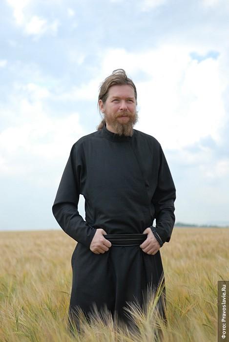 Председатель колхоза «Воскресение» архимандрит Тихон