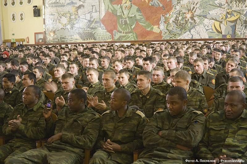 Выступление хора перед курсантами в рамках поездки «Наш Дальний Восток»