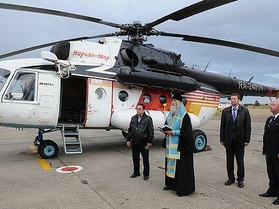В Нарьян-Маре освятили самолеты и вертолеты