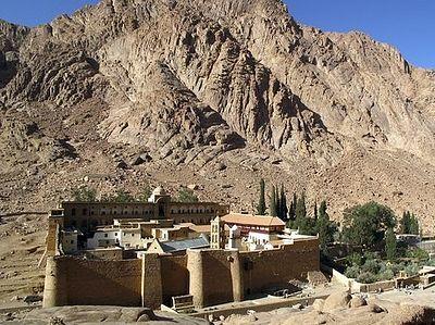 СМИ: Бедуины Синая напали на монастырь святой Екатерины и обложили его данью