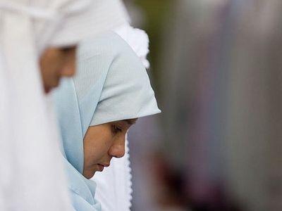 Мединститут и СМР урегулировали вопрос о форме студенток-мусульманок