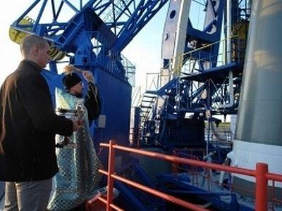 На космодроме Плесецк освятили ракету-носитель «Союз-2.1а»