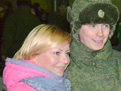 В Архангельске 200 призывников благословили на службу в Арктике