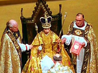 Бывший епископ Оксфорда предложил читать Коран на коронации британских монархов