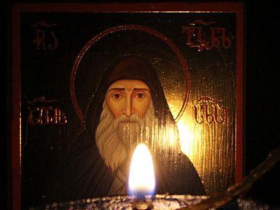 В Грузии обильно мироточит икона преподобноисповедника Гавриила (Ургебадзе) (ВИДЕО)