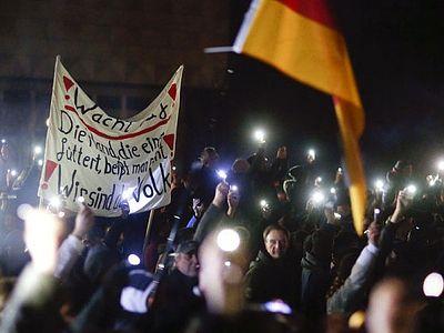 Манифестации в Германии и Дании: против исламизации Европы и за союз с Россией