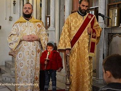Война все ближе к городу, но дети Дамаска встречают Рождество Христово