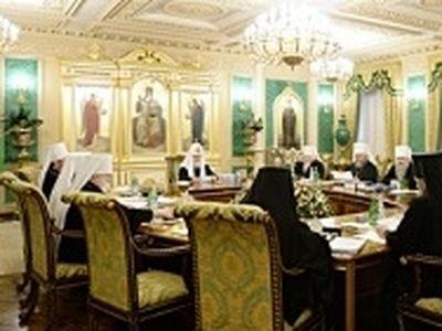 Началось последнее в 2014 году заседания Священного Синода
