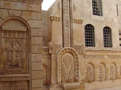 ИГ распродает древние христианские памятники Востока