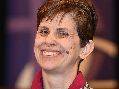 Англия: Священник попытался сорвать рукоположение первой женщины-епископа