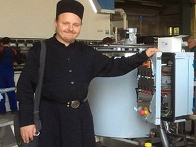 Orthodox monks in Russia start Italian cheese factory