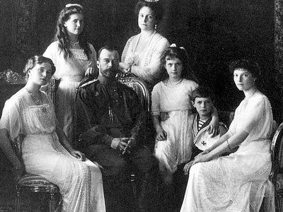 Госархив и СКР предлагают захоронить останки цесаревича Алексея и вел. княжны Марии