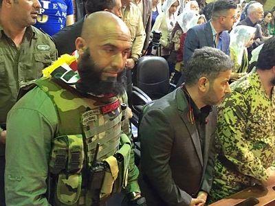 Ополченец-шиит, «ставший кошмаром для ИГ», помолился в церкви об упокоении товарища