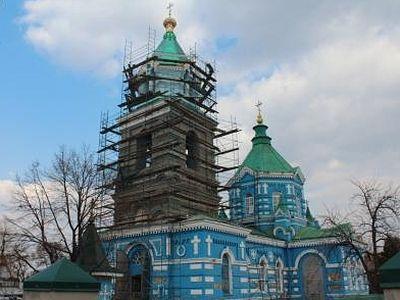 Провокации в Стаханово: ряд СМИ заявил, что в Николаевском соборе УПЦ находятся склады боеприпасов