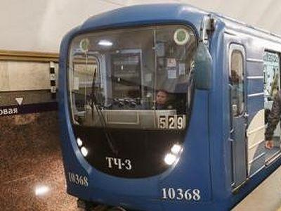 В пасхальную ночь метро в Москве и Петербурге будет открыто дольше обычного