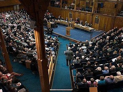 Церковь Шотландии разрешила своим служителям состоять в однополых «союзах»