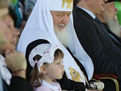 Святейший Патриарх Кирилл посетил традиционный детский праздник в Переделкино