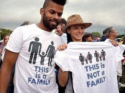 Рим: более 300 000 человек протестовали против легализации однополых «браков»