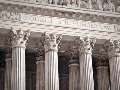 Supreme Court rules that states must allow gay 'marriage'