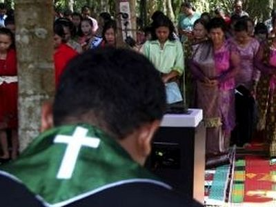 Christian Churches Demolished in Indonesia to Appease Mob of Enraged Muslims