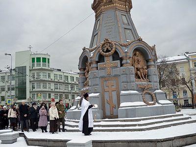 Москва: у памятника героям Плевны совершили панихиду о погибших в Сирии русских воинах