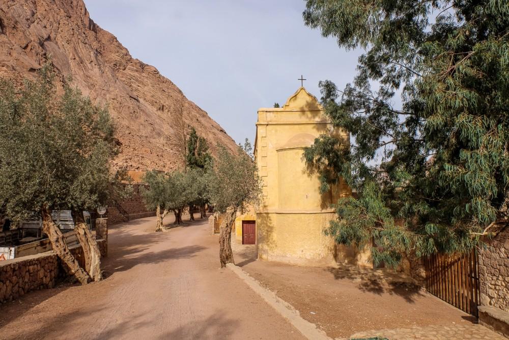 Склеп-костница монастыря