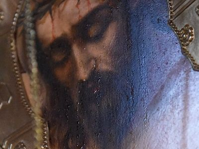 В монастыре под Астраханью мироточат 59 икон (ФОТО)