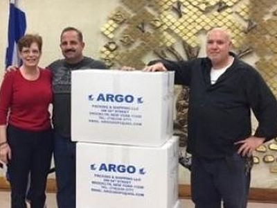 Greek church sends boxes to Syrian refugees