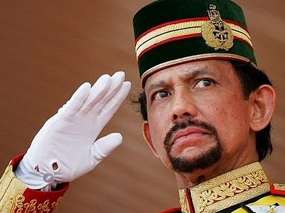Султан Брунея запрещает Рождество, «потому что оно может повредить вере мусульман»