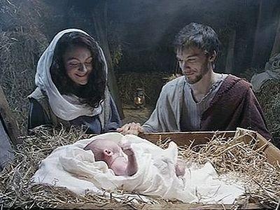 В кинотеатрах Британии запрещен к показу Рождественский ролик, как «религиозный»