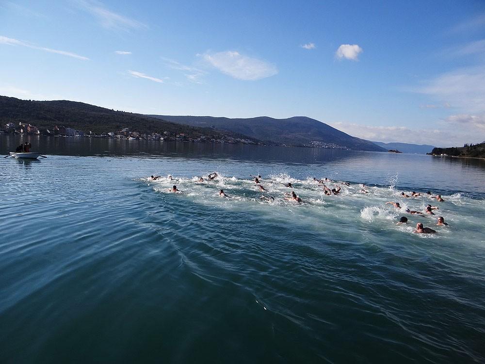 Swim for the cross in Mikoljska Bay.