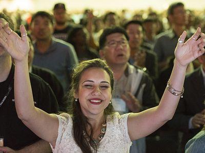 Christians Happiest Among All Faith Groups, Survey Reveals