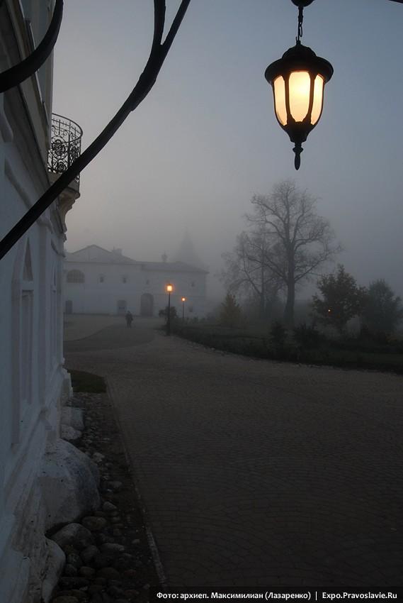 В Прилуцком монастыре. Утро