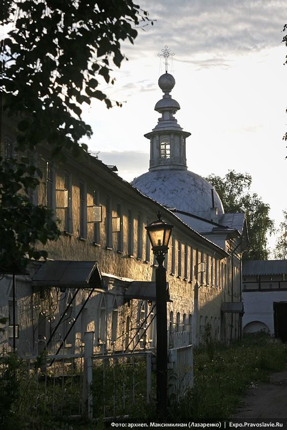 Братский корпус монастыря прп. Димитрия Прилуцкого