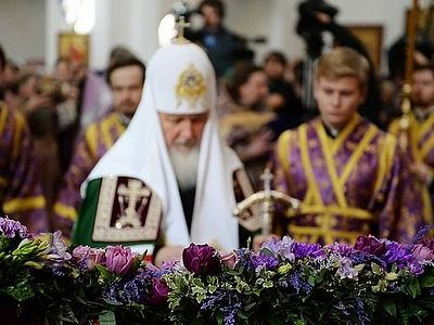 Patriarch Kirill: We must learn to carry the Cross