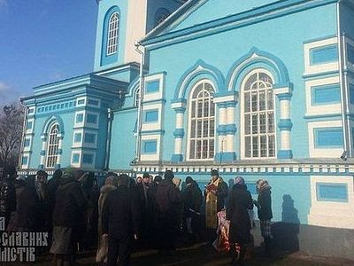 People locked inside church of Pticha village in Ukraine are freed