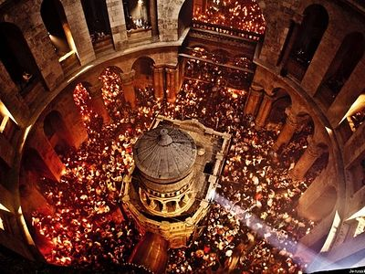 Holy Fire has descended in Church of Holy Sepulchre in Jerusalem