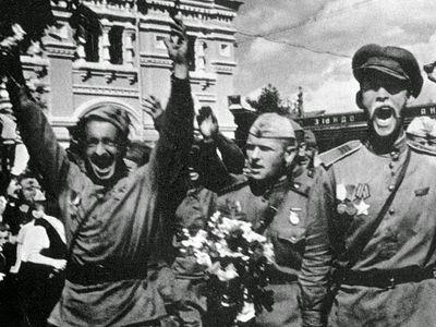 «Русская история строится памятью о победах»
