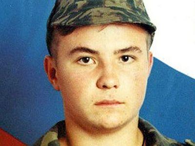 «Крестик Жени был в Сирии, на Донбассе, в Крыму…»