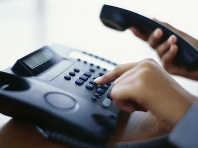Фонд святителя Василия Великого организовал работу телефона доверия для женщин