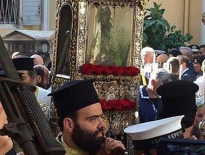 (VIDEO) Procession with relics of St. Spyridon of Trimythous held on Corfu