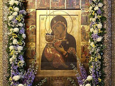 Божественная литургия в Сретенском монастыре на Сретение Владимирской иконы Божией Матери