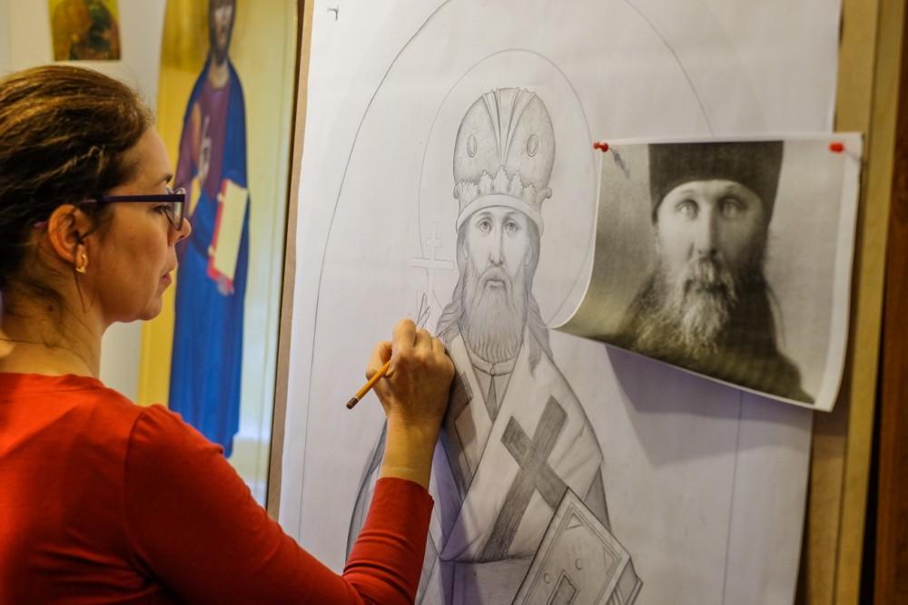 Работа над иконой священномученика Илариона Верейского