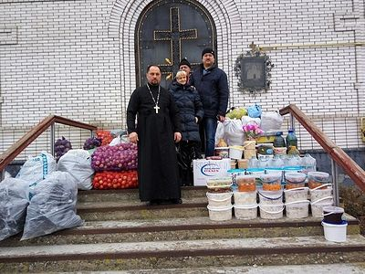 Priests deliver 17 tons of humanitarian aid to Donbass residents